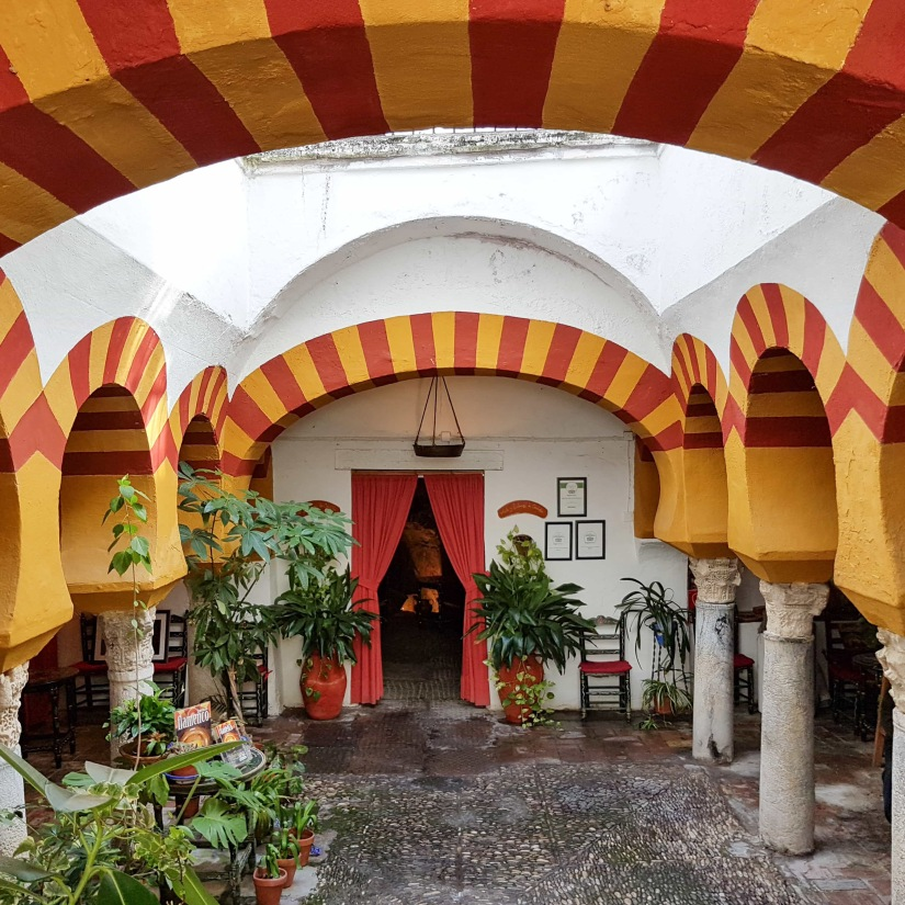 Restaurant entrance - Cordoba_edited