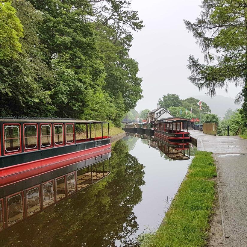Llangollen - canal