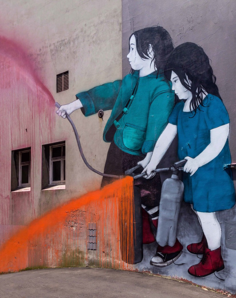 Children spraying paint - Art by Be Free